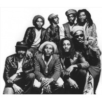 Bob Marley & The Wai…