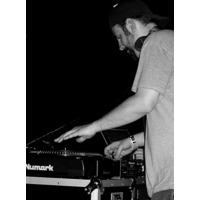 DJ Signify