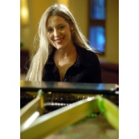 Anke Helfrich Trio