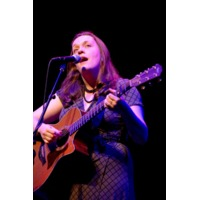 Lucy Wainwright Roch…