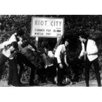 Rocky & The Ridd…